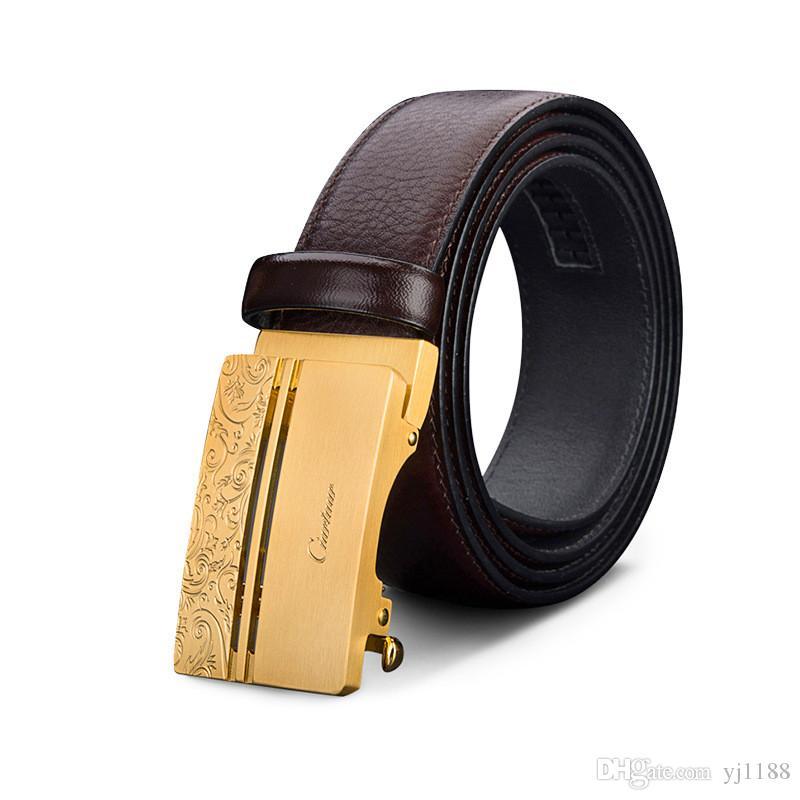 Compre 35mm Marrón Negro Cinturones De Cuero Genuino Para Hombres 2019  Nueva Moda Hebilla Automática De Bronce Famosa Marca Cinturón Accesorios A   39.4 Del ... 7a87354fc485