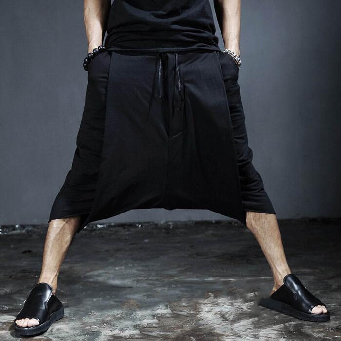 Compre Vestido Para Hombre Pantalones Holgados Pantalones Hombres Culottes  Japonés Diseñador Único Harajuku Rock Hip Hop Caída Entrepierna Pantalones  De Los ... a0a565071e0