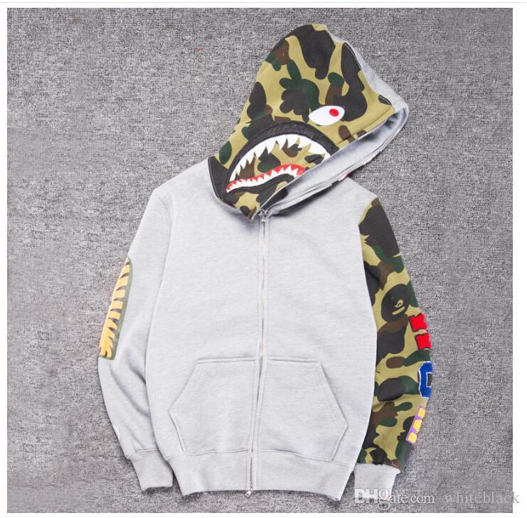893fa83b733c 2019 2018 Men    S Clothes Hoodies Jacket Gray Camouflage Shark Print Men  Fashion Cotton Hooded Sportswear Inner Fleece Hoody Sweatshirt From  Dhtianmeng