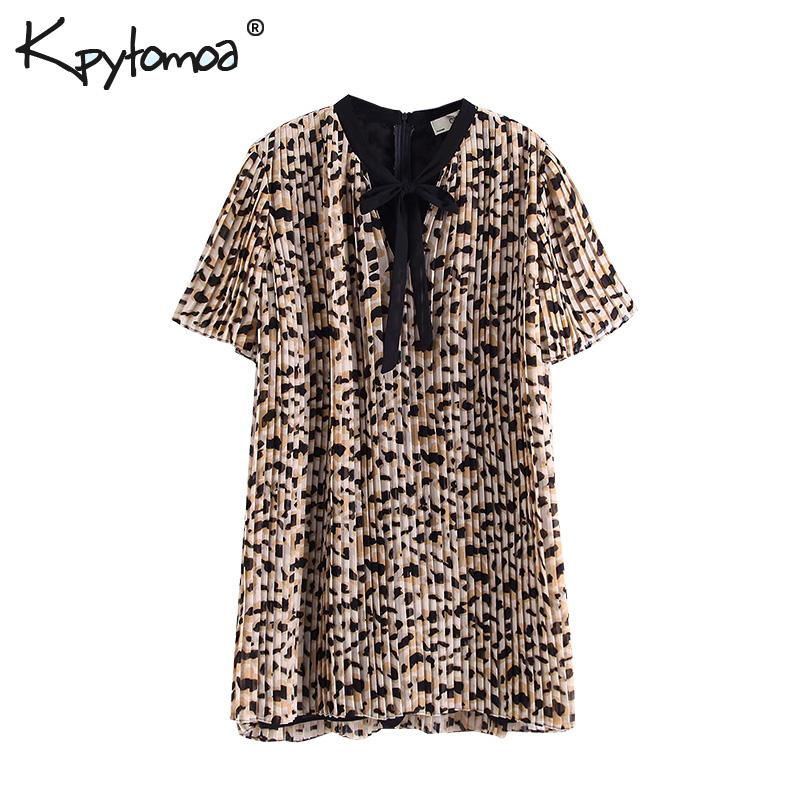 71bf4c34f3 Vintage Chic Leopard Print Pleated Playsuits Women 2018 Fashion Bow Tie  Collar Back Zipper Ladies Jumpsuits Casual Body Rompers