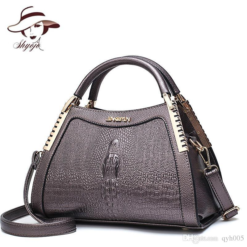 Fashion Women Messenger Bags Alligator Leather Handbags Crocodile Head Crossbody  Bag Ladies Party Handbag Shell Shoulder Tote Designer Handbags On Sale ... 43a5be17e773d