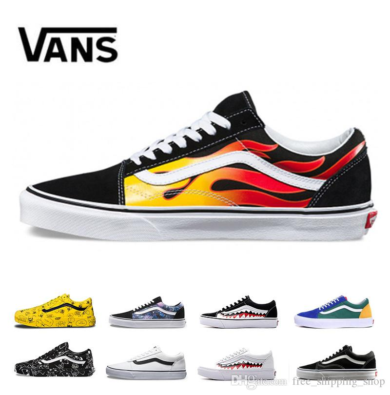 1814016cc136a2 Acquista 2019 Nuovi Vans Old Skool Uomo Donna Scarpe Casual Rock Flame  Yacht Club Sharktooth Peanuts Skateboard Mens Trainer Sport Scarpe Da Corsa  Sneakers ...