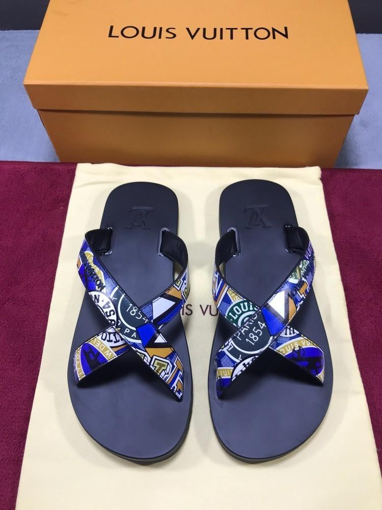 b9366daf9edd 2019 New Men S High End Slippers With Plastic Leather Materials ...