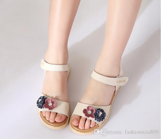 a0e217461a4 Summer Children S Sandals Girls Gladiator Sandals Fashion Korean Girl Flower  Princess Shoes Cute Boots For Kids Flipflops For Kids From Fashionxiu899