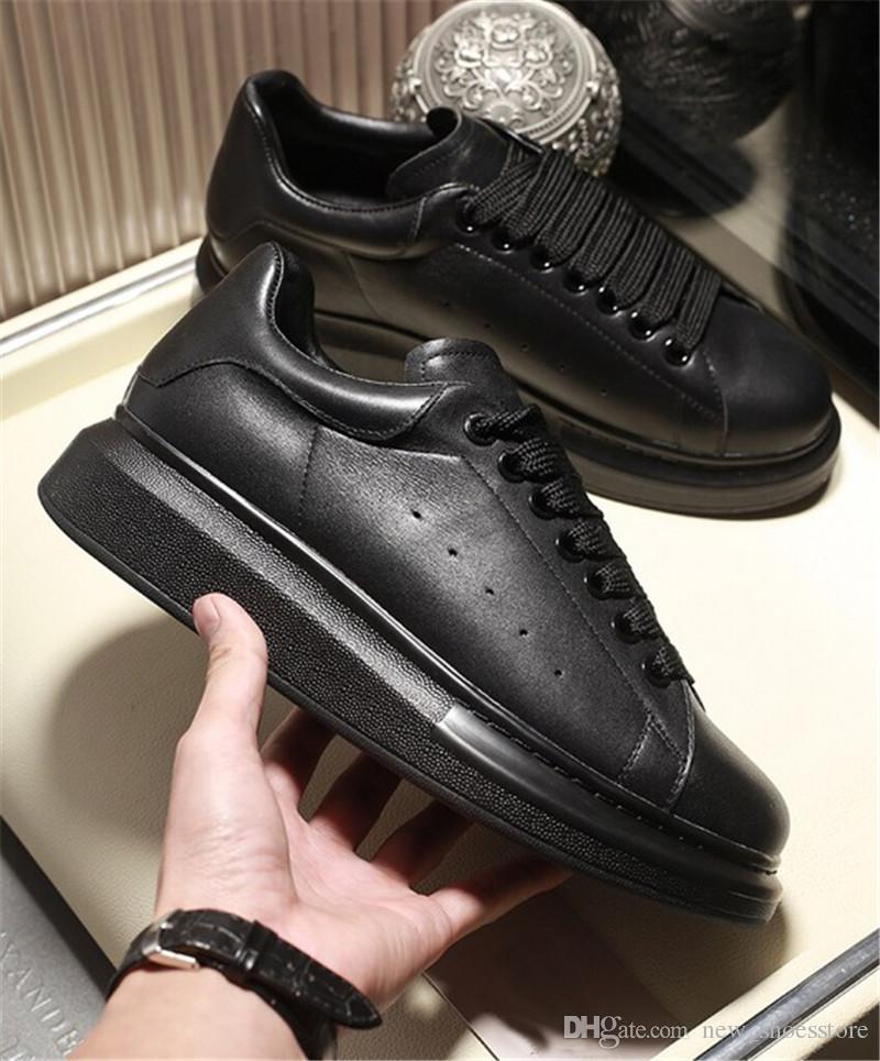 1d3198e49c Compre 2019 Todo Negro Confort Bonito Diseñador Casual Zapatos De Cuero  Zapatillas De Deporte Mujeres Hombres Durable Extremadamente Estabilidad  Vestido De ...