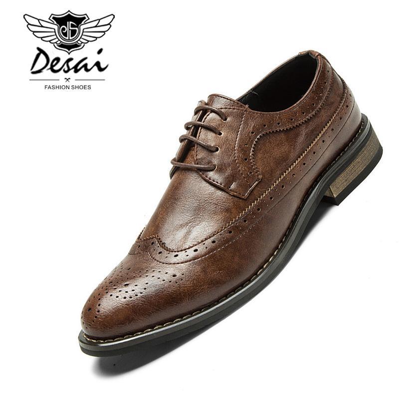 82bbf210e0 Compre Nueva Moda Coreana De Cuero De La Vendimia Zapatos De Los Hombres De  Negocios Casual Brogue Puntiagudo Tallado Oxfords Clásico Vestido De Boda  ...