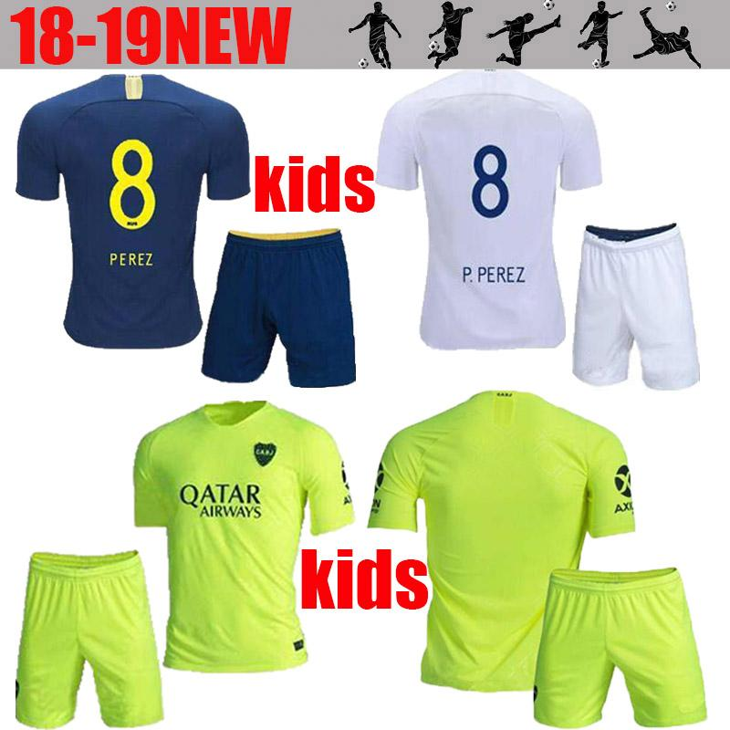 Compre 2019 Kit Para Niños Camiseta De Fútbol Boca Juniors 18 19 Boca  Juniors Local GAGO OSVALDO Camisetas De Fútbol Away CARLITOS PEREZ P Niño  Uniforme De ... 3a0d0a1cfbc28