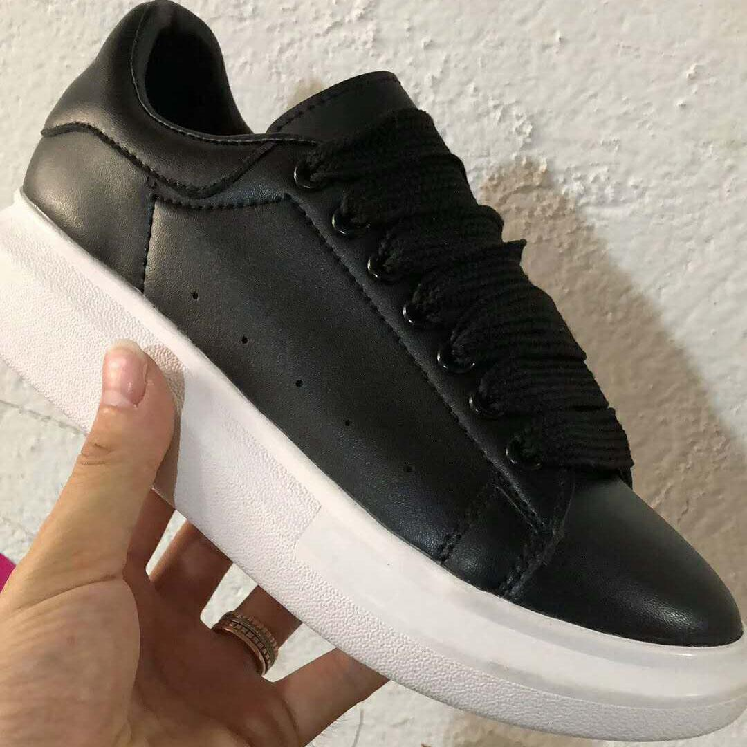 ACE Cheap Black white red Brand Fashion Luxury Designer Women Shoes Gold Low Cut Leather Flat designers men womens Casual sneakers 36-44