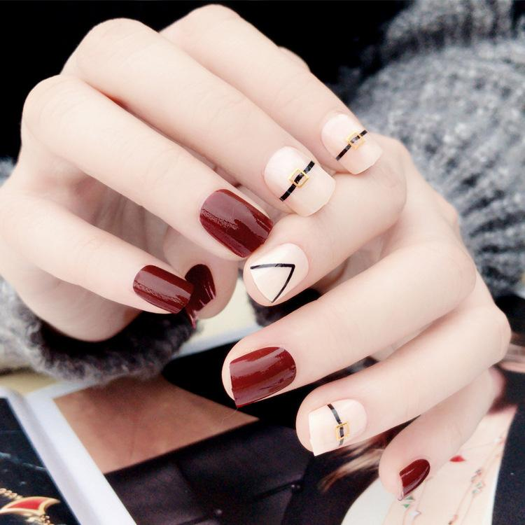 Nail Designer Tips New Arrival Elegant Rivet Pattern Fake Nails