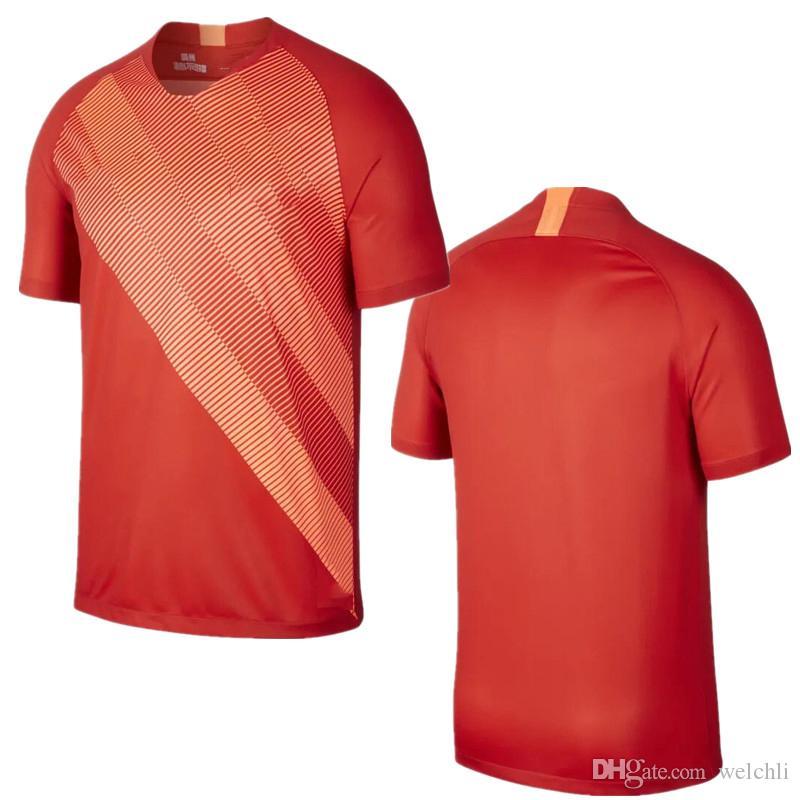 374a7fcce Compre Perfeito 2019 Guangzhou Evergrande Taobao Camisa De Futebol Em Casa Camisas  De Futebol Camisas De Futebol Personalizado Talisca 9 PAULINHO 8 De ...
