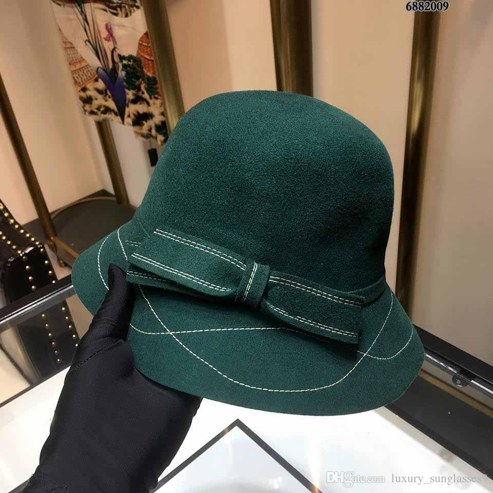 0f1fc50301a Compre 2019 Nuevo Estilo Lujo Invierno Cachemira Sombreros Diseñador De Moda  Hombres De Moda Mujer Fiesta Gorra Cc Cálida Gorra De Cachemira Ys Gorro De  ...