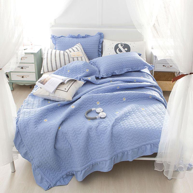 J Pinno Bed Sofa Cover Full Quilt Sets Coverlet Lightweight Blue Flower Daisy Bedspread Pillowcase Ruffle Summer Comforter