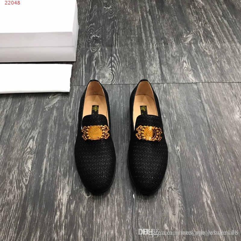 promo code 55a2a 52707 Großhandel Neue Hochwertige Neueste Stil Klassische Lackleder Männer Kleid  Schuhe Business Lederschuhe Schwarz Feine Hardware Dekoration Von ...