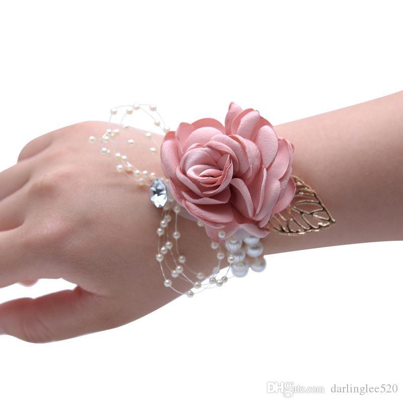 97c669a76b57 Acquista 2019 New Beautiful Silk Ribbon Colorato Da Polso Da Sposa Fiore  Sposa Damigelle D onore Corsetti Da Polso Da Polso Mazzi Donne Fiore  Artificiale A ...