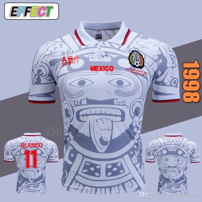 Retro 1998 MEXICO BLANCO Camisetas De Fútbol VINTAGE Uniformes De Camiseta  De Calidad De Tailandia Camisetas De Fútbol Logotipo De Bordado Camiseta De  ... 4142cc7502410