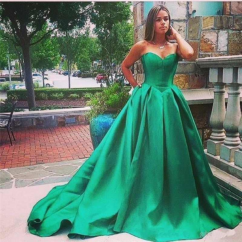New 2019 Sexy Prom Dresses Vintage Sweetheart Ball Gown Plus Size Green  Satin Quinceanera Gowns Party Dress Formal Evening Gowns Discounted Prom  Dresses ... a5cf0a08255a