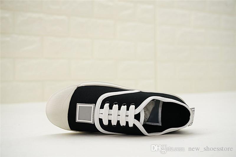 Compre Marcas De Lujo De Diseño De Zapatillas Blancas De Cuero Genuino De  Los Hombres De Las Mujeres Casuales Zapatos De Los Zapatos Pitón Abeja  Tigre Flor ... e703eea1f142