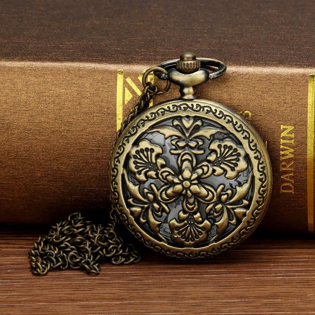 266a8c04e1c Compre Personalizado Padrão Steampunk Quartzo Romano Algarismos Romanos  Relógio De Bolso Enfermeiras Relógio Cadeia De Bolso De Spectalin