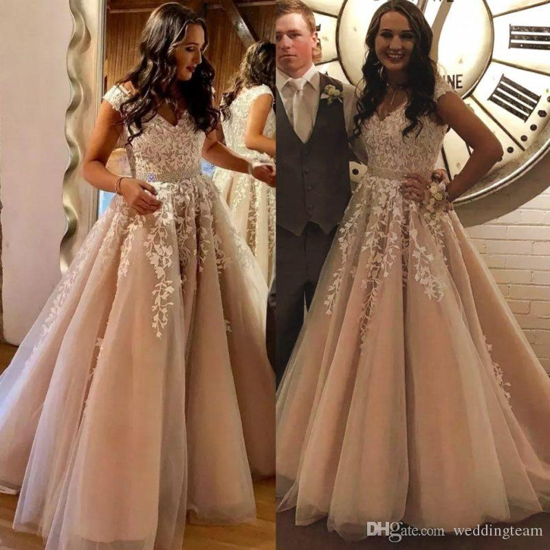 35a7fbe2a5c7 Stylish Lace Beaded Prom Dresses Appliqued V Neck Sequined Evening Gowns A  Line Floor Length Vestidos De Fiesta Tulle Formal Dress Beautiful Prom Dress  ...
