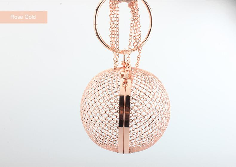 Fashion Design Metal Hollow Out Borse Round Women Day Frizioni Party Bag Color oro Borse da sera Borsa a tracolla a catena femminile
