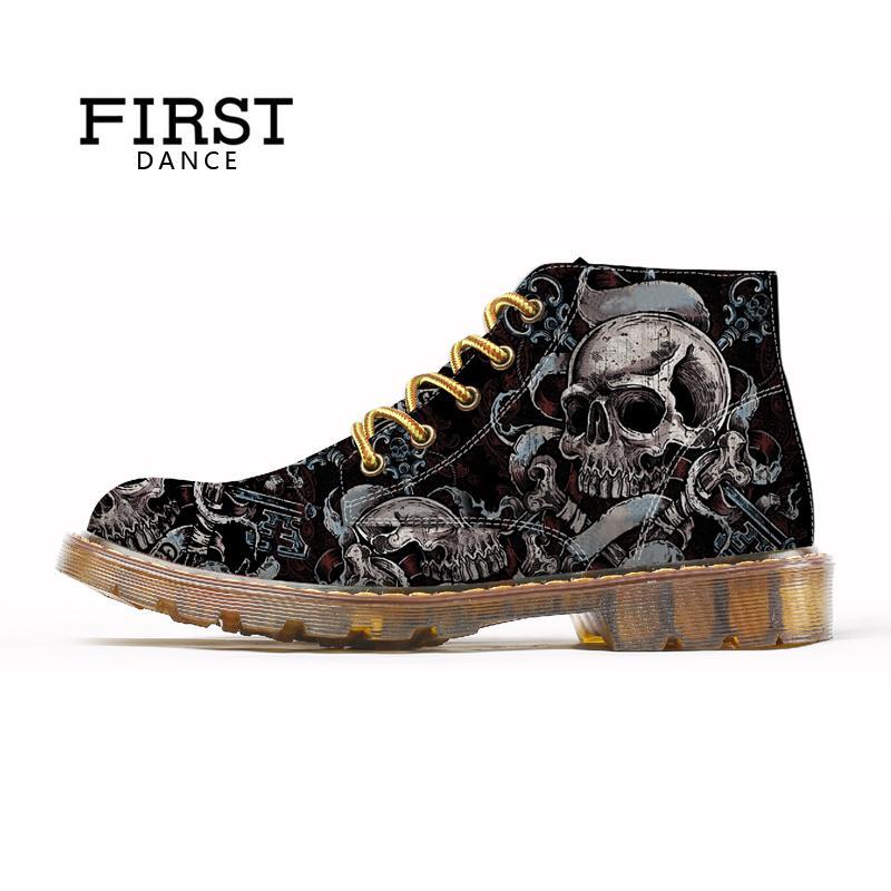 85e5e8c9aa Compre PRIMEIRA DANÇA Moda Mens Crânio Sapatos Para Homens Martins Sapatos  Esqueleto Impressão Preto Agradável Tornozelo Sapatos Homem Oxfords Sprint  Botas ...