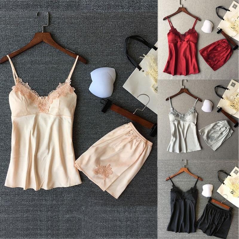2019 Neuestes Design Frauen Pyjamas Sexy Spitze Silk Pyjamas 2 Stücke Set Dessous Kleidung Schwarz Riemen Pijama Damen Satin Nachtwäsche Pyjama Anzug Damen-nachtwäsche