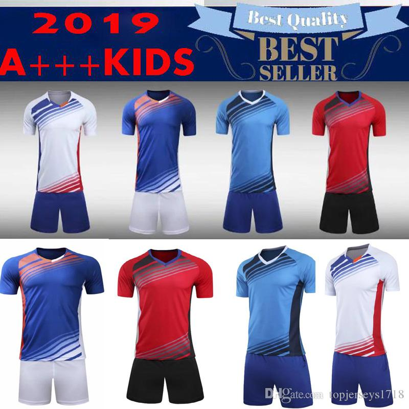 aa8227f4e Compre Crianças Survetement Futebol Jerseys Conjuntos De Futebol Uniformes  Da Equipe Esporte Kit Formação Calções Shorts Nome Personalizado Impressão  Número ...