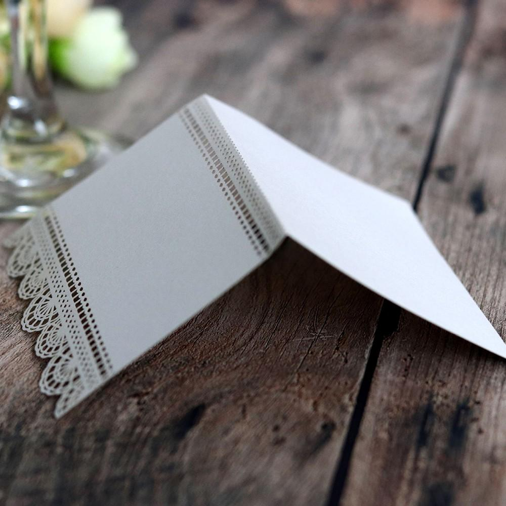 50pcs/set Wedding Invitations Paper Post Card White Laser Cut Love Seats Card Hollow Table Wedding Invitation Cards