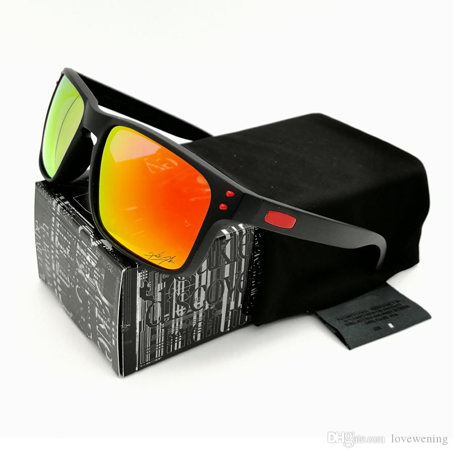 13da6729d2 Compre Marca De Diseño De Moda Gafas De Sol Polarizadas Serie NEW9244 /  9102 Para Hombres Marco Negro Con Humo Logotipo Rojo Con Gafas Exclusivas  De Rubí ...
