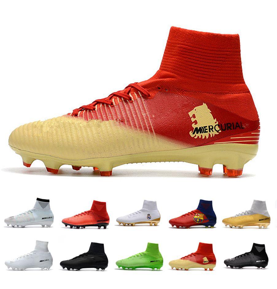 Zapatillas De Fútbol Para Hombre 2019 Crampons De CR7 Botines De Fútbol  Para Niños Caza Asesino Chaussures Retro FG Spikes AG Mercurial Ronaldo 3  Transactio ... d9c3f3561f820