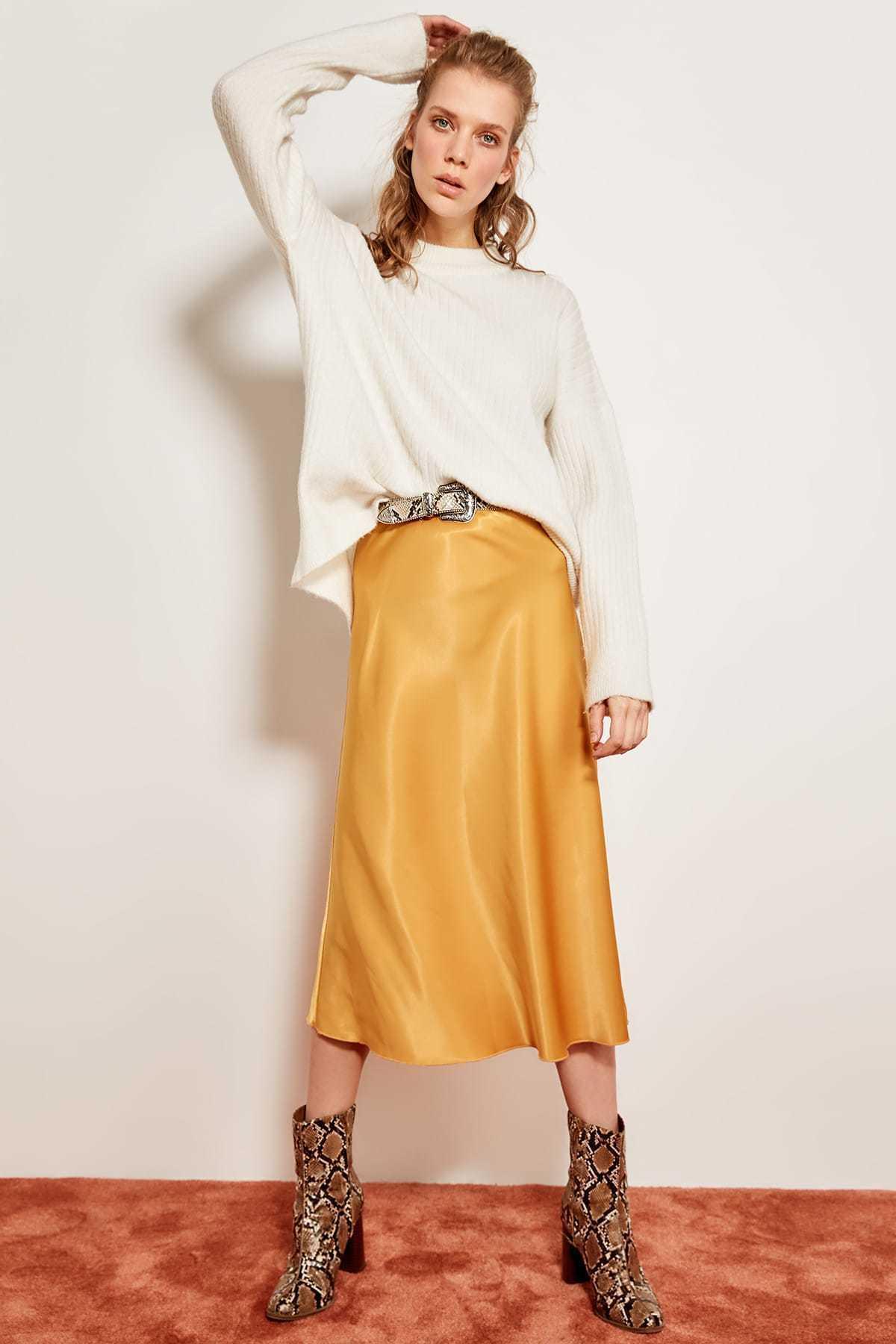 346128aa36 Trendyol Mustard Satin Skirt Tofss19wx0013 Y19041901