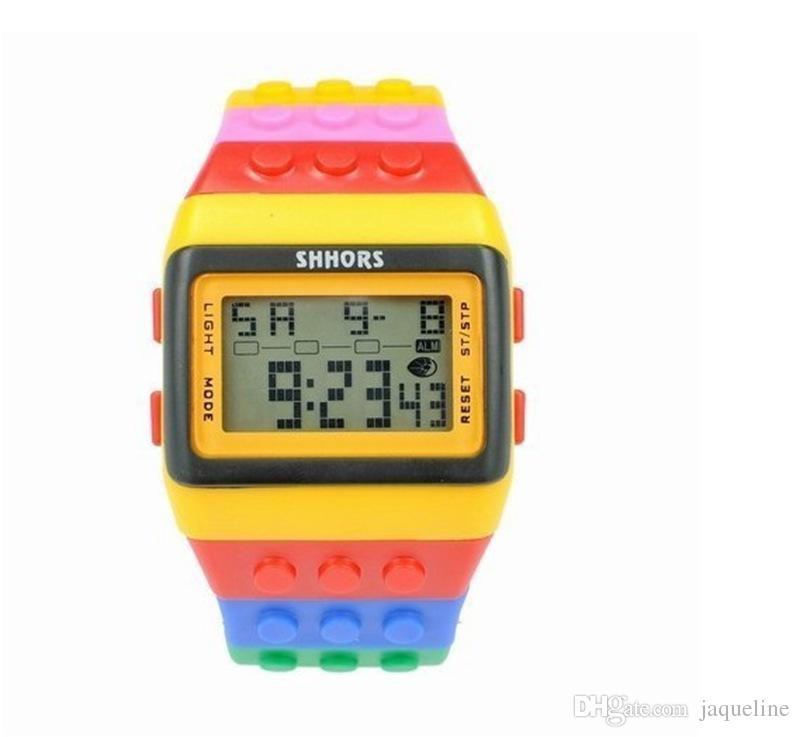 aad223e8668 Compre Rainbow Colorido Relógios SHHORS Relógio À Prova D  água Tela De  Toque De Moda LED Relógio Digital De Silicone Macio Pulseira Unisex Relógios  De ...