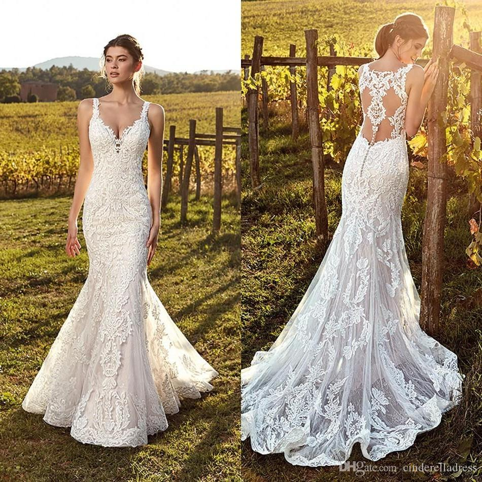 2019 Vintage Ivory Straps Deep V Neck Lace Mermaid Wedding