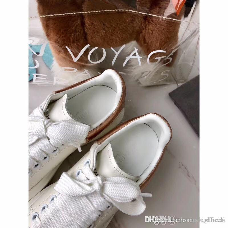 a4413901 Compre 2018 Deportes Ocio Bordado Amor Lentejuelas Zapatos De Diseño De  Lujo Para Hombres Y Mujeres Amantes Pequeños Zapatos Al Aire Libre Al Por  Mayor De ...