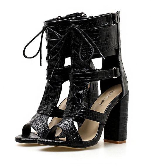 5589815499 Compre Retro Gladiador Roma Sandália Mulheres Preto PU De Couro T Strap  Trançado Belt Buckle Stiletto Sandálias De Salto Alto Sapatos Senhora De  Goodgod