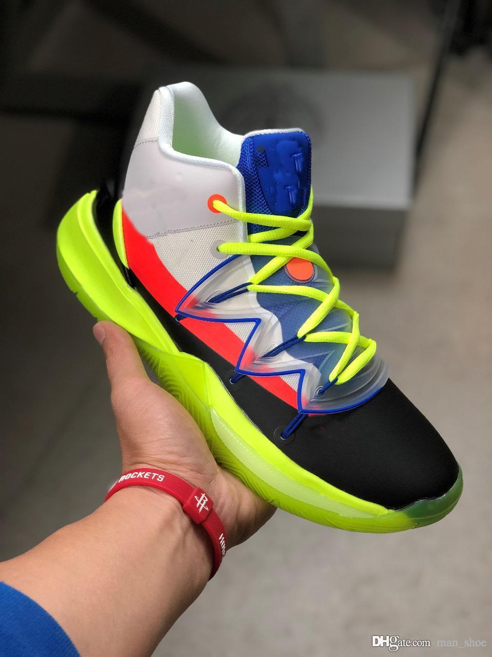 afc1ec1f7c7db 2019 2019 Luxury Rokit Kyrie Sneakers 5 Shoes Zoom Turbo Super Quality  Blends Skate And Hoops Culture In Collaborative Heart Shoes From Man shoe