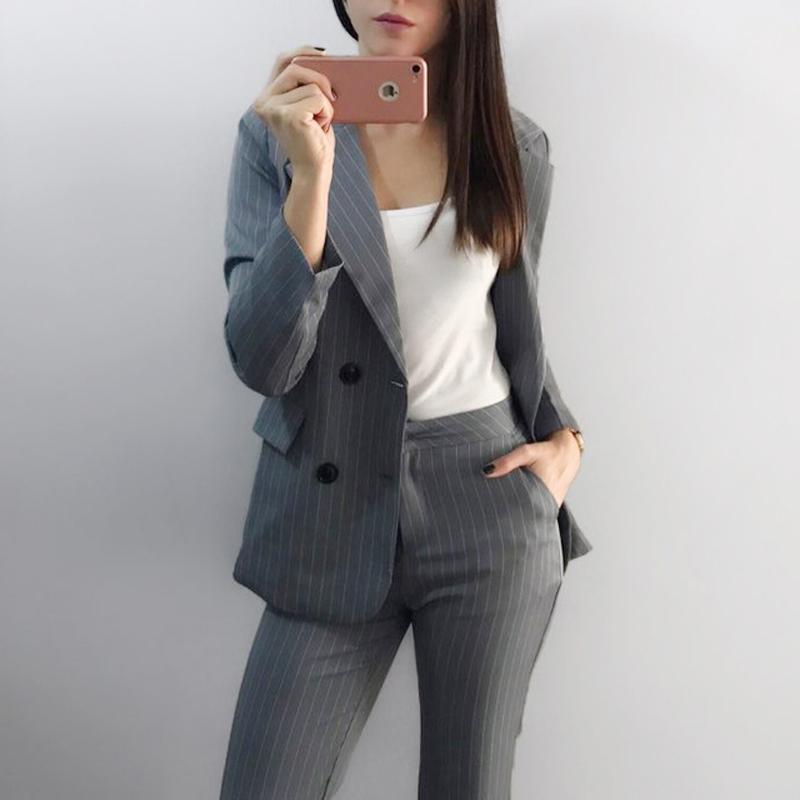 4063bb412d25 Compre Trabalho Moda Calça Ternos 2 Peça Set Para As Mulheres Dupla  Breasted Listrado Blazer Jaqueta Calças Senhora Do Escritório Terno  Feminino 2019 De ...