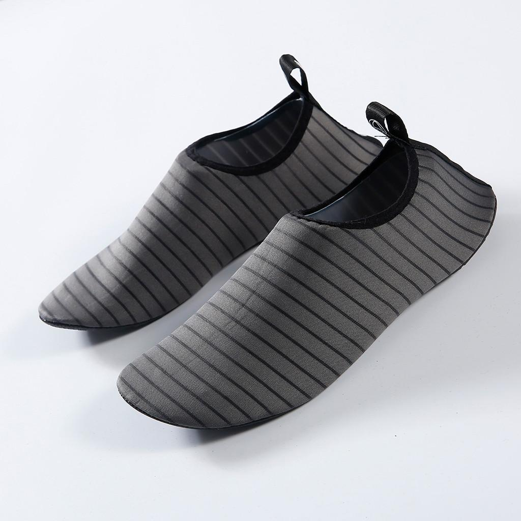 Hot sale Men Shoes Outdoor on surf Swimming Mesh Quick-Drying Shoes Eur Size 35-47 Hollow Rubber Soft sole Unisex Beach J3