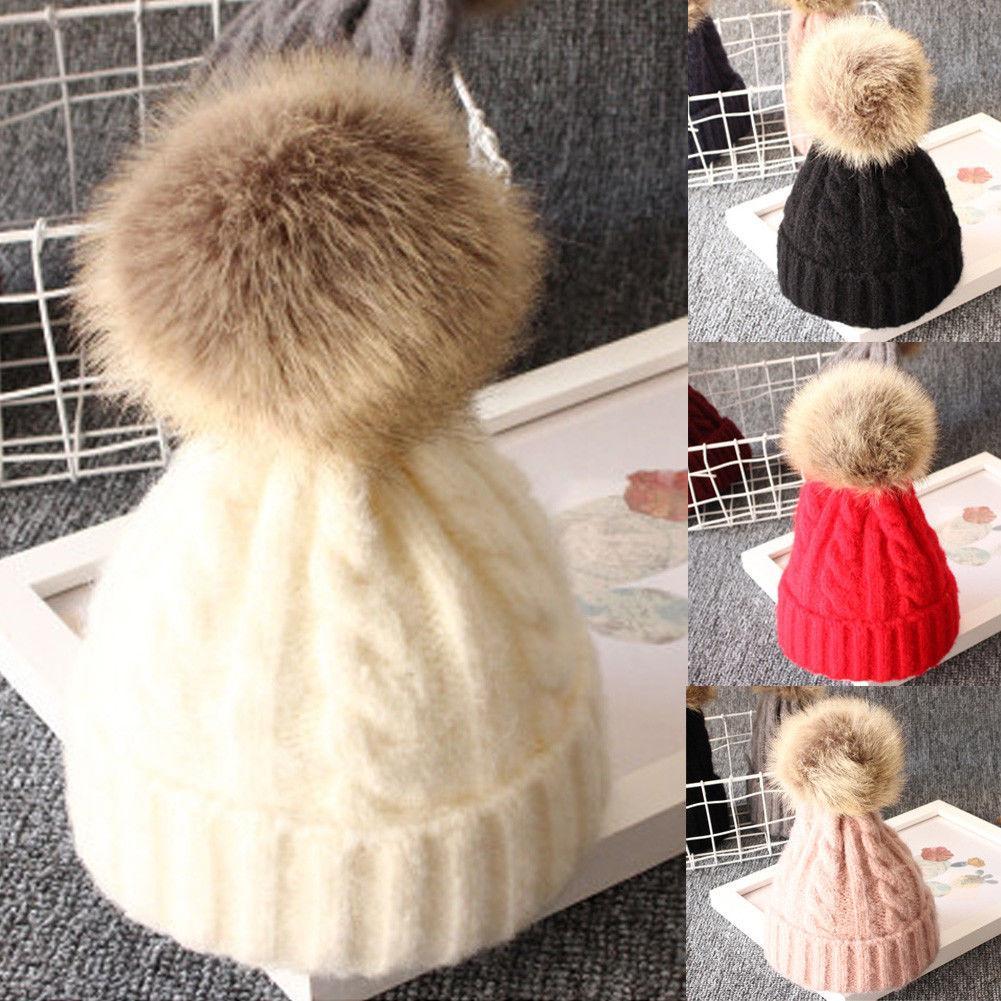 Faux Fur Pompom Bobble Hut-Säuglingskleinkind Neugeborenes nette Baby-Kind-Jungen-Mädchen Unisex gestrickte HäkelarbeitBeanie Winter warme Hut-Kappe