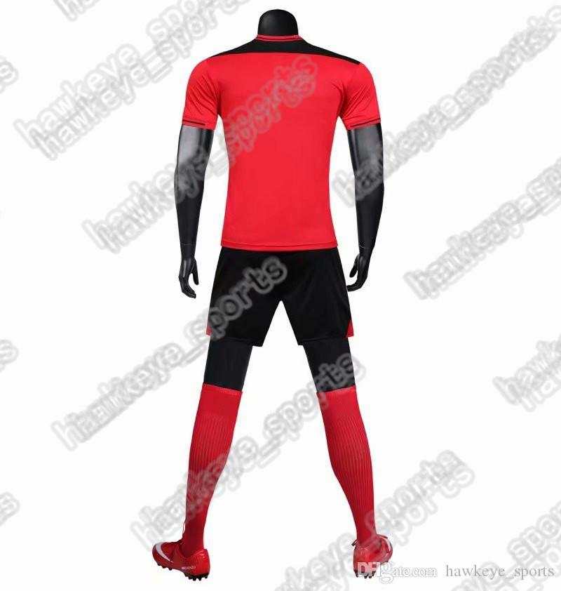 New Men's Sports Football uniform hot selling Customized Putuan Training Suit Breathable 2019 Short Shirt 2747869546