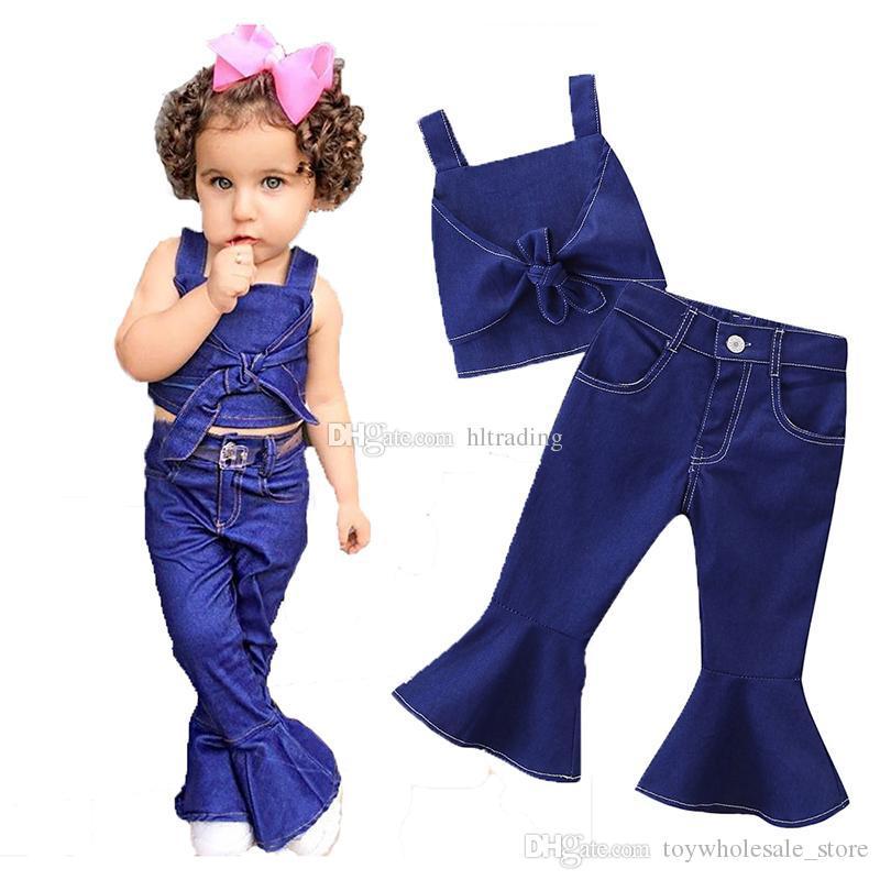 be097731 Ropa de diseñador para niños niñas Trajes de mezclilla niños Sling Bow tops  pantalones Flare 2 unids / set 2019 Boutique de moda de verano ropa de ...