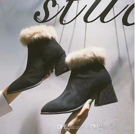 89eb0d39e Compre 2019 Novas Botas, Luxo High End, Sapatos De Grife, Produção De Um A  Um Site Oficial, Sapatos De Couro, Número: 87. De Limitededition8888,  $130.66 ...
