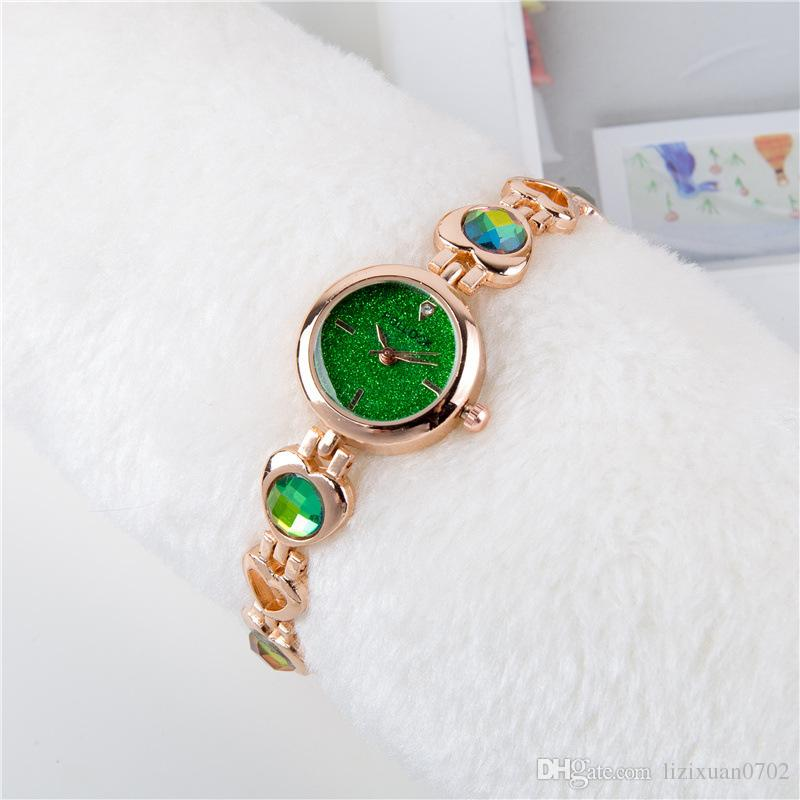 Trendy explosion full diamond starry face magic band ladies watch Fashion casual color changing girl heart shape Bracelet watch