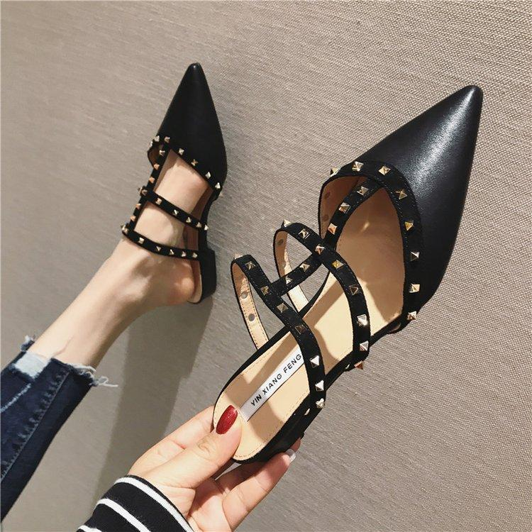 2019  New Spring Korean Style Fashion Platform Slippers Woman Shoes Pointed Shoes Rivet Slippers Flip Flops PU Rubber Tabi