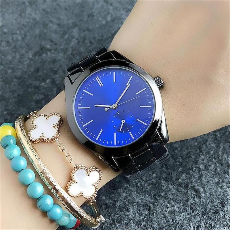 cedf60e755aa Men s Women s Quartz Watches Classic Simple Fashion Design Style ...