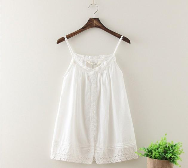 5d5ecc412dd Fashion Tank Tops Fresh Art Style White Sun-top Hollow out Lace Hem ...