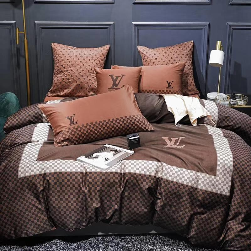 Men Brown Letter Bedding Supplies Grid Embroidery Rectangular Border Stripe Bedding Sets New 4PCS Bed Cover Suit