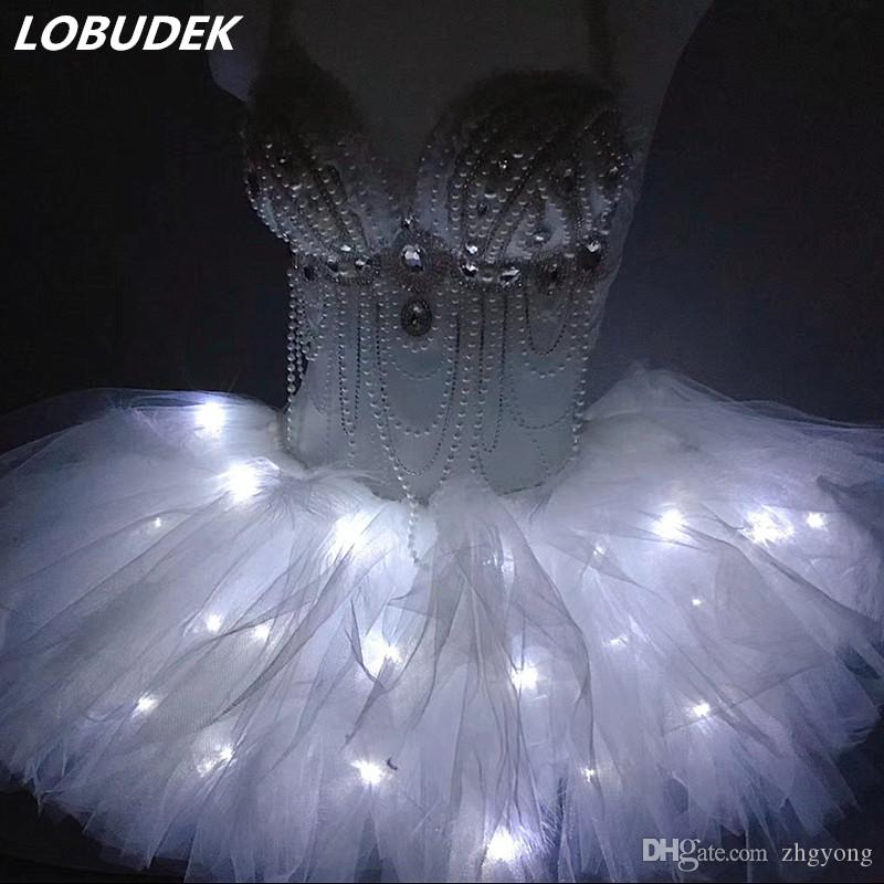 Perles blanches strass Bikini LED Bubble Jupe Set Femmes Discothèque Sexy DJ Costume Bar Party Dance Groupe Performance Vêtements Stage Stears