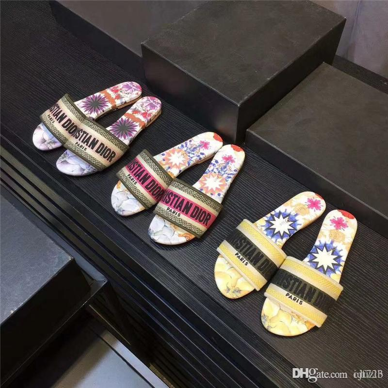 Best Mens Slippers 2020 2020 Women Slides Summer Luxurious Designers Beach Indoor Flat