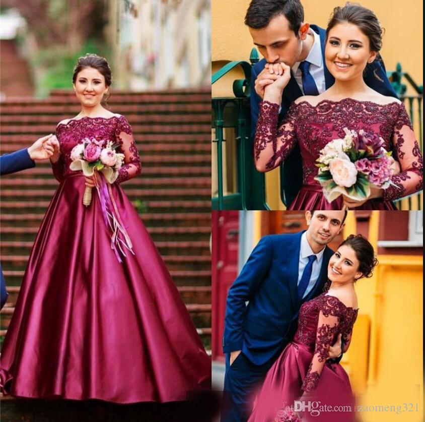 2019 new arrival burgundy satin ball gown modest prom dresses beaded off the shoulder lace appliques long sleeve evening party prom dress